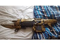 Gears of War 3 replica retro lancer