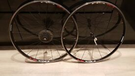 Shimano RS10 clincher wheel set