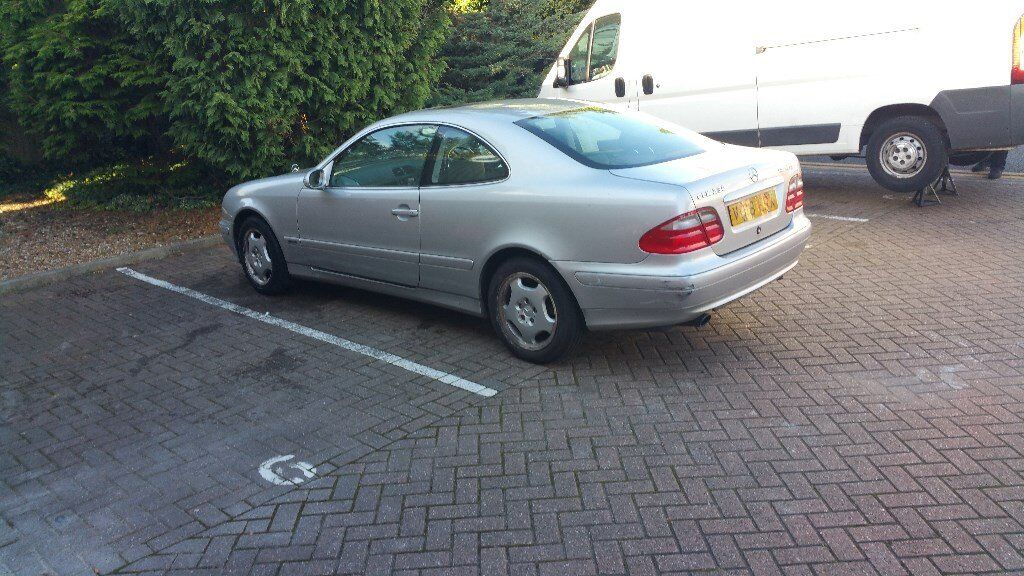 mercedes clk 230 kompressor v reg 1999 in watford. Black Bedroom Furniture Sets. Home Design Ideas