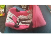 Baby girl pink car seat 0-9months old used brill condition