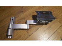 Vogel's Original Series VFW432 Dual Arm Articulating Wall Mount (wall bracket)