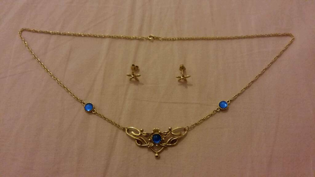 Lord of the Rings Eowyn's Jewellery in 685 Gold with Sapphires - Condition: NEW