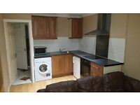 1 Bed place-Ensuite-Lounge-Kitchen-SkyHD-WIFI(Hemel Hempstead) Available Now - Ideally single person