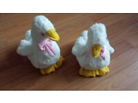 A PAIR OF WHITE FLUFFY DUCKLINGS Great for EASTER