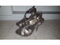 3 pairs Size 5 heels
