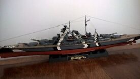 Model Bismarck Battleship