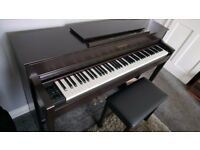 Yamaha Clavinova CLP575R in rosewood with stool, manual and books - Digital piano collection only