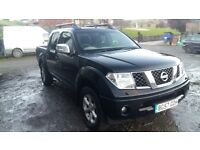 Breaking nissan navara D40 black double cab manual 4x4 sport parts spares