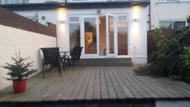 2 bed flat in Hanger Lane with garden W5