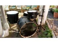 Mapex Mars 4 piece drum kit nightwood