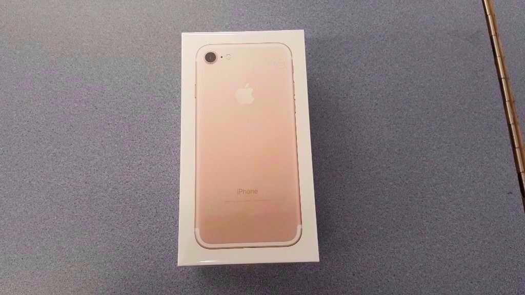 APPLE IPHONE 7 256GB UNLOCKED BRAND NEW SEALED WITH WARRANTY AND RECEIPTin Coventry, West MidlandsGumtree - APPLE IPHONE 7 BRAND NEW SEALED 256GB OPEN TO ALL NETWORK GOLD IN COLOUR FULL APPLE WARRANTY FOR TOTAL PEACE OF MIND RECEIPT WILL BE PROVIDED TEL 02476231562 MANY THANKS