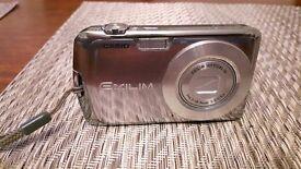 Casio Exilim EX-Z2 Digital Camera