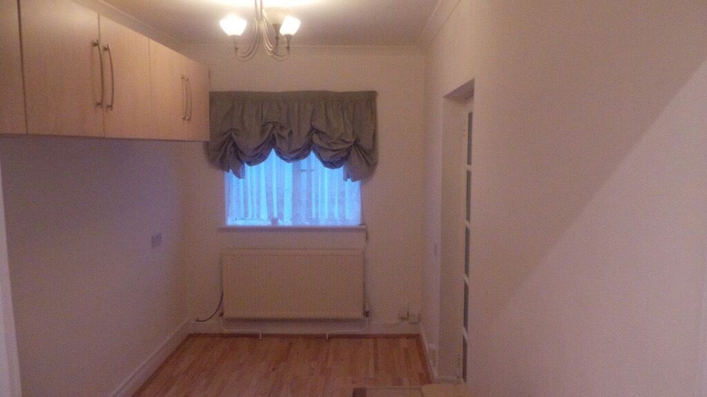 *****Lovley Studio flat with bills included for single person********