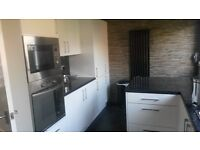 KITCHEN FITTER WITH 35 YEARS EXPERIENCE