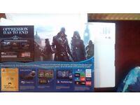 Play station 4. 5 months guarantee+1 Controller+ GTA5/ Battlefield Hardline/Fifa16/WatchDogs
