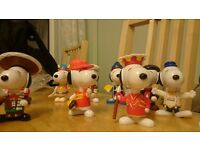 McDonalds Snoopy World Tour set of 30 pieces.