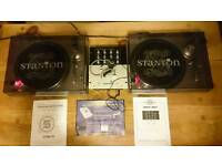 Stanton dj turntable decks and mixer package