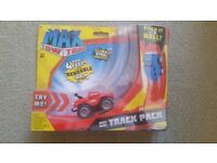 Max mini track pack