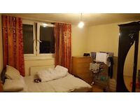 Double room in a 2 bedroom flat. Fully furnished, all bills inclusive in Upton park, E6