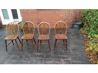 4 pine chairs