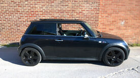 Mini Cooper S, black on black, panoramic roof, chilli pack, Full service history, 2 keys, warranty