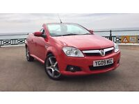Vauxhall Tigra 2009 1.4 Exclusive spec convertible,heated leather, very low mileage, new service+MOT