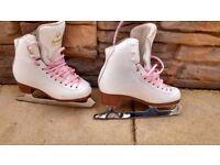 jacksons ice skates size 3 £20 ono