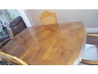 Beautiful Classic Dining room table and chairs