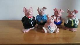 Nat West pigs. Full set of 5