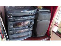 Aiwa Z1800 Karaoke Compact Hi-Fi System