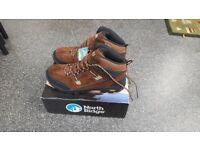 North Ridge Mens Mid-Rise Waterproof Hiking Boots