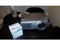 Hitachi projector cp-x1250 not tv 3d 4k monitor