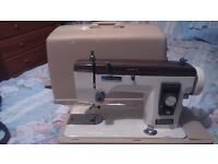 VINTAGE NEW HOME ELECTRIC SEWING MACHINE