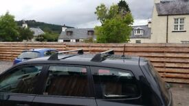 • Roof bars for Forester 2009