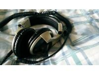 Shure SRH750DJ Over Ear Headphones
