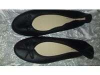Brand New New Look Ballet Pumps in Black
