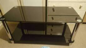 Glass coffee table. Very good condition.