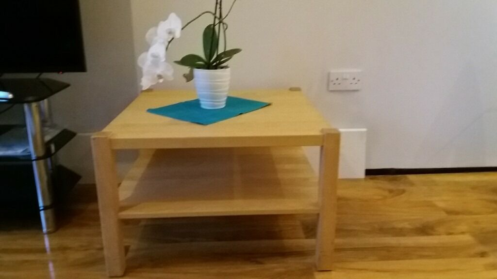 coffee table ,chairs, dining table ,office chairs for salein Greenford, LondonGumtree - Coffee table square ×2 size 70×70cm ×46cm £15 each Circle coffee table 80cm×40cm £15 Small circle coffee table with shelf 60cm ×48cm £5 6× oak dining chairs £60 Big dining table extended, solid wooden with tailed 160cm or 200cm or 240cm...