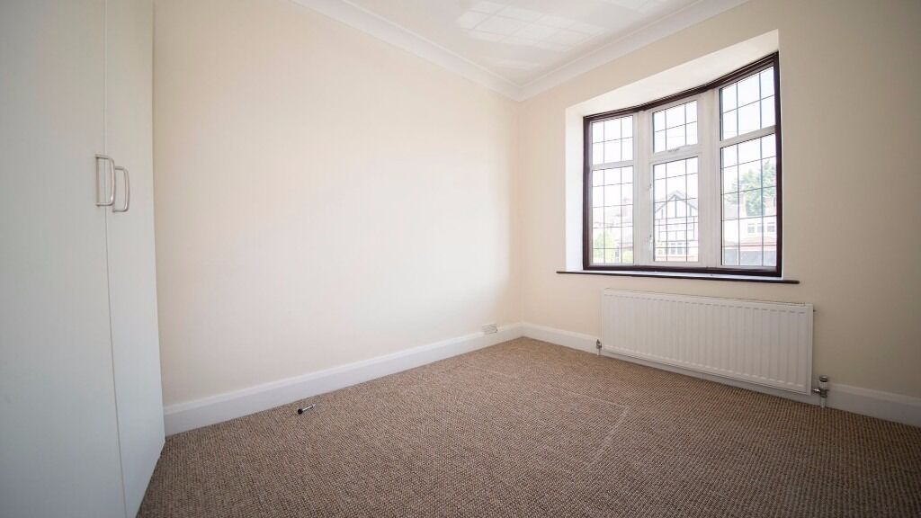 LARGE DOUBLE ROOM IN HOLLOWAY! INC INTERNET, COUNCIL TAX, BILLS!!! FURNISHED!!! N7, finsbury park