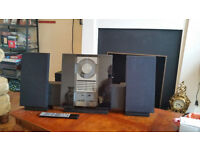 hi-fi Bang Olufsen stereo complete with remote control and speakers