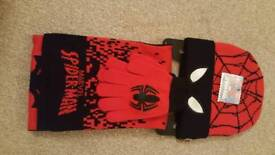 Spiderman hat gloves and scarf set