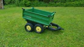 John Deere Childrens tractor trailer