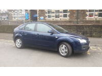 2006(06)FORD FOCUS 2.0 GHIA MET BLUE,CLEAN CAR,SLIGHTLY SMOKY HENCE PRICE,CHEAP!!