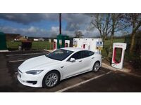Tesla Model S 75 Enhanced Autopilot 2 Free Supercharging for life.