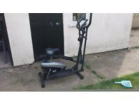 Everlast EV470 2 in 1 Cross Trainer & Exercise Bike with accompanying Sports Pulse Watch