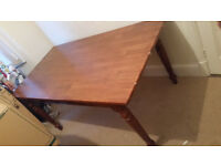 SOLID WOOD DINING TABLE IN VGC SEAT 6