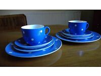 TG Green Blue Domino Cornish ware: 2 cups, saucers abd plates