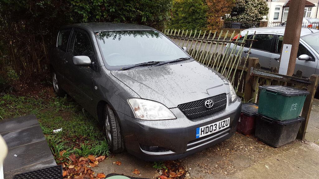 **ABSOLUTE BARGAIN!** Toyota Corolla T3 VVTI - 1.4 Ltr - QUICK SALE £380