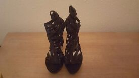 Size 6 New Look black cage heels
