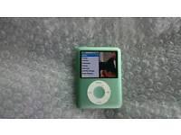 Apple iPod nano 3rd Generation 8gb geeen